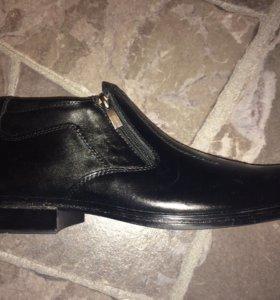 Мужские ботинки на весну новые