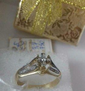 Золото 750 кольцо бриллиантами
