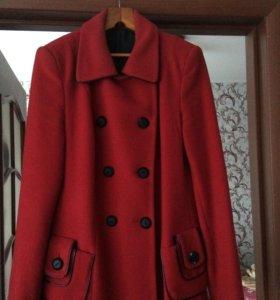 Новое стильное п/пальто