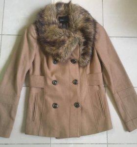 Пальто бежевое VS, размер S