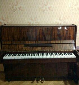 Пианино Заря даром