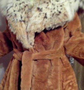 Норковая шуба с воротником из рыси