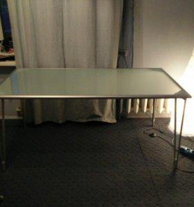 Стол IKEA стеклянный матовый на алюминиевой раме