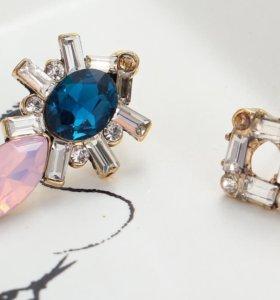 Ассиметричные серьги с кристаллами