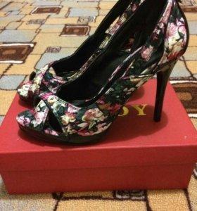 Туфли новые!!! р.37