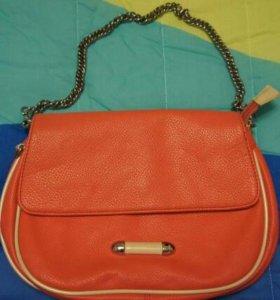 Стильная сумка-клатч на цепочке