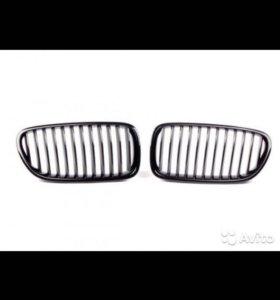 Ноздри BMW f10 Декоративная решетка радиатора