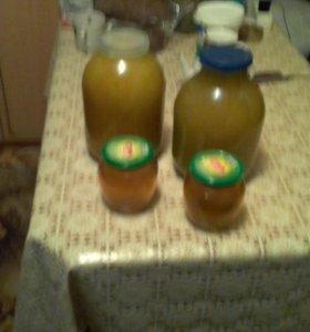 Натуральный мед качественный.