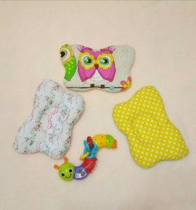 Ортопедическая подушка для младенцев.