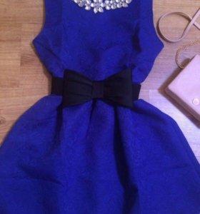 Платье новое праздничное 44-46