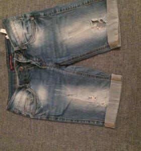 Шорты бриджы джинсовые