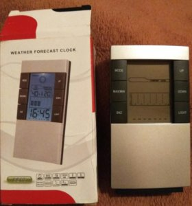 Часы градусник будильник влажность.