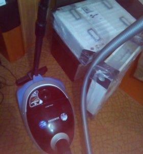 Пылесос самсунг с аквафильтром в отличном состояни