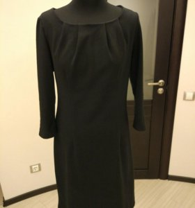 Платье из плотного трикотажа Dress Code