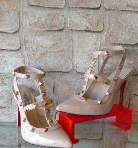 Туфли от VALENTINO