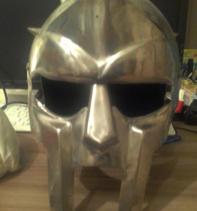Шлем из Рима