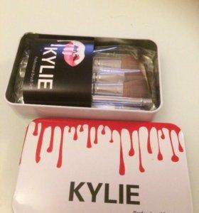Кисти Kylie Mac профессиональные визажист