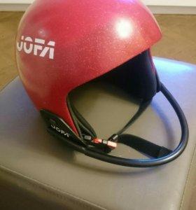 Шлем для сноуборда и горных лыж