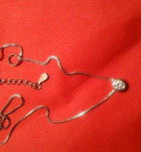 Серебрянная цепочка с капелькой