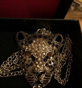 Кулон на цыпочки леопард и ожерелье новые