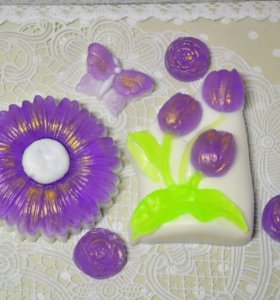 """Подарочный набор """"Фиолетовые тюльпаны и ромашка"""""""