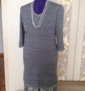 Платье вязаное с кружевом