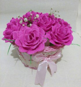 Корзинки с розами