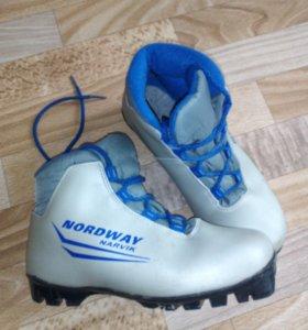 Лыжные ботинки, 37 размера