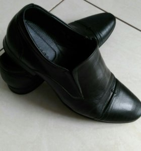 Туфли кожаные 40р-р BANDEROS