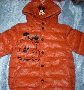 Куртка новая 104см