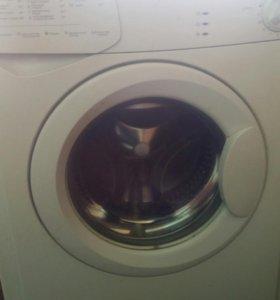 Стиральная машина автомат Indesit WIU80