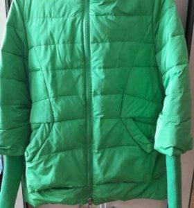 Продам курточку на весну осень!