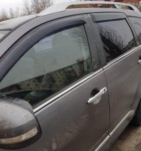 Продам уплотнители стекол хром на Mitsubishi outla