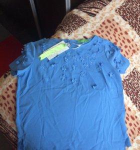 Новая легкая футболка с биркой