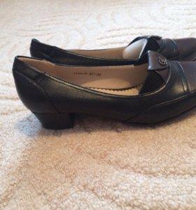 Туфли новые 38