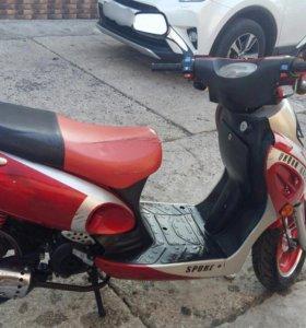 Скутер 80ти кубовый