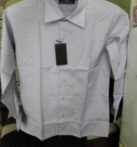 Рубашка на мальчика лет 10.