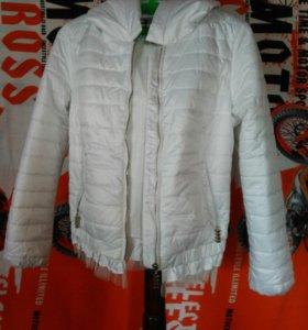 Куртка сентипоновая новая на девушку