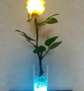 Роза-светильник, прекрасный подарок к 8 марта