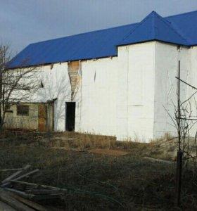 Дом, 180 м²