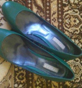 Зеленые туфли- РЕТРО.