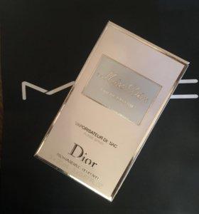 Духи , Туалетная вода Miss Dior eau de Parfum