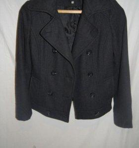 Пальто 42-44 шерсть