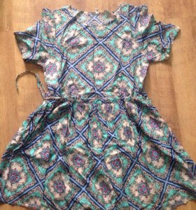 Платье (женское)