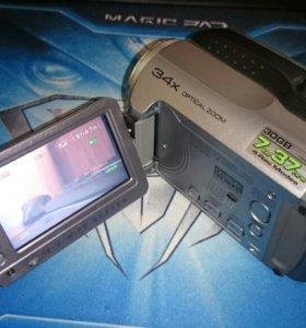 видеокамера JVC GZ-MG135E HDD