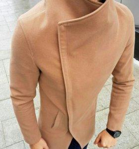 Пальто мужское коричневое
