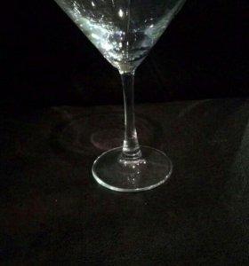 Бокал под мартини