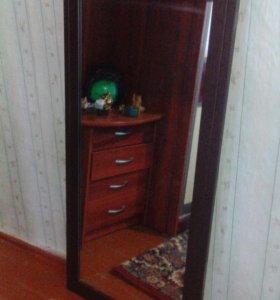 Зеркало с тумбочкой