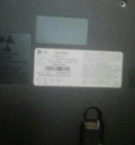 Телевизор LG 32дюйма.