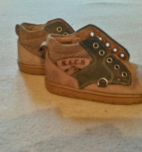 Крассовки Адидас и туфельки